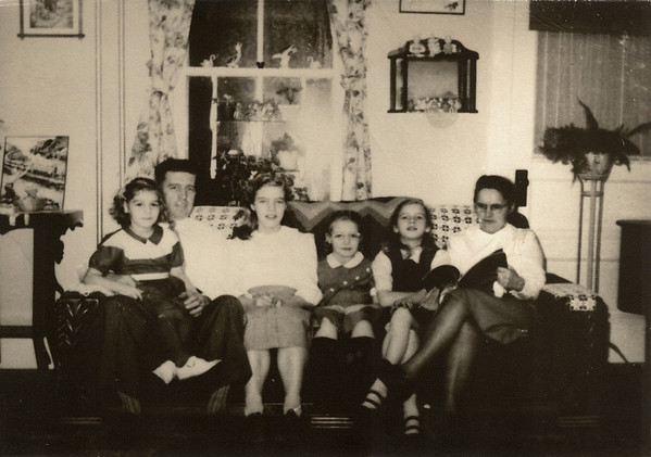 Earl & Lydia with Juanita, Kathy, Mary Lou & Phyllis - 1952 (Photo by Mary Myers, in her home)