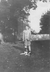Our Grandpa Hunsberger, Earl Hunsberger Jr., around age 11? (circa 1930)