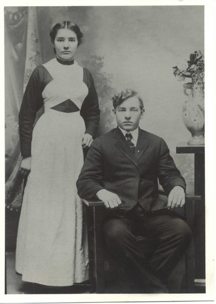 Emma & Roman Yoder as Newlyweds (Susie Yoder's parents; Rob's grandparents)