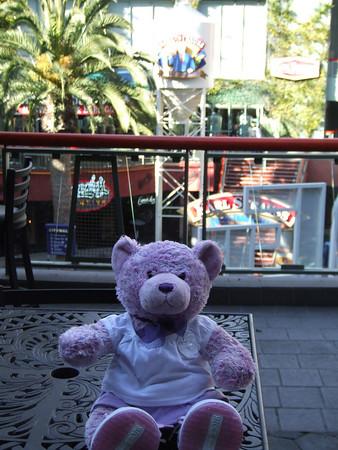 Violet at Universal Studios Hollywood - 1/24/06