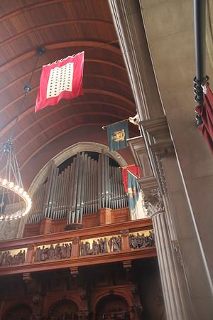 pipe organ in Biltmore House