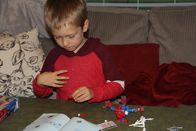 concentration on the spiderman Lego kit
