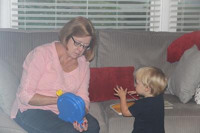 Aunt Jan visits Asheville  10/2016