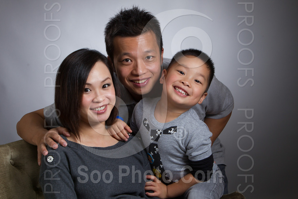 2013-03-16-vivian-ben-kole-family-4967