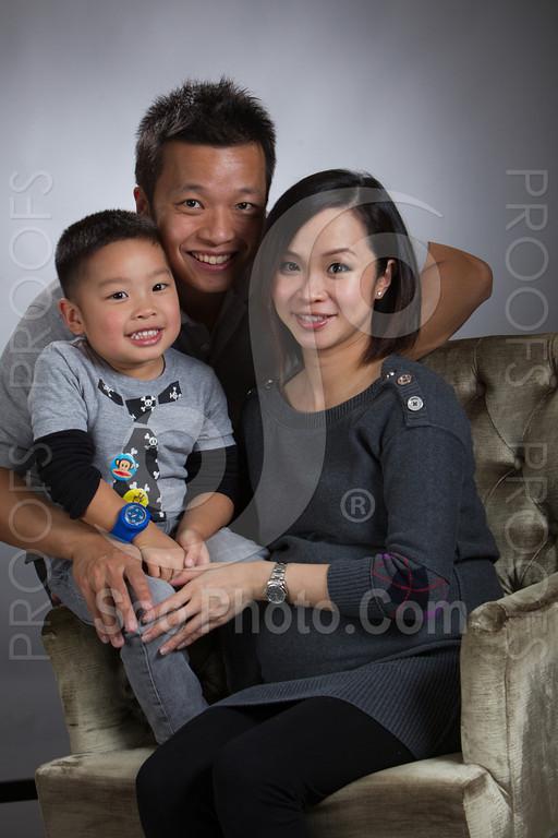 2013-03-16-vivian-ben-kole-family-4958