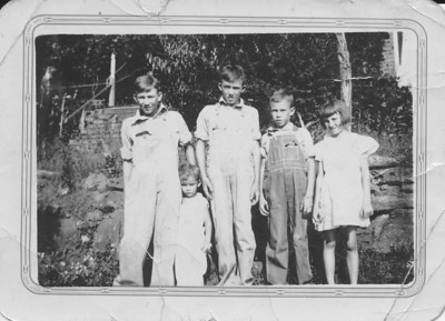 Left to Right: Durwood, Bobby (little one), Adrian, James, & Mildred - Circa 1933