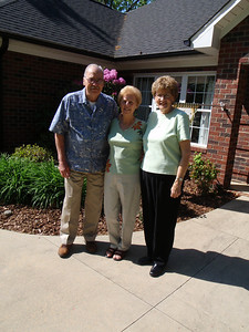 1 - Wade, Gladys, and Betty at Jane's house