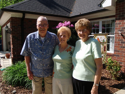 2 - Wade, Gladys, and Betty at Jane's house