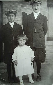 Donald, Myron and Madelyn Wade, 1916