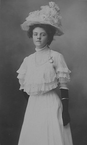 Mabel Maley, 16-17yo, white dress