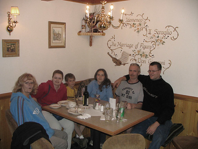 Sharon, Kiffen, Mason, Audra, Steve and Bill in Levanworth Wa.