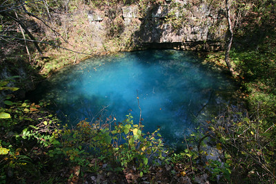 On Tuesday and Wednesday, some of us drove to Southern Missouri to do a canoe trip. We visited three of the famous hot springs in the area. This one is Round Springs.