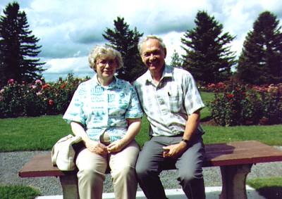 Bonnie & Wayne Spokane WA, Sept 1989  01 - Copy