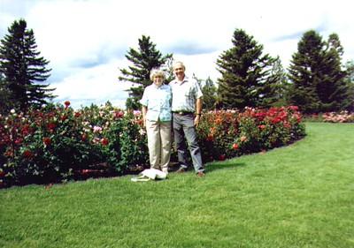 Bonnie & Wayne, Spokane WA Sept 1989  02 - Copy