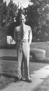 Lt(jg) Wayne J  Eldredge