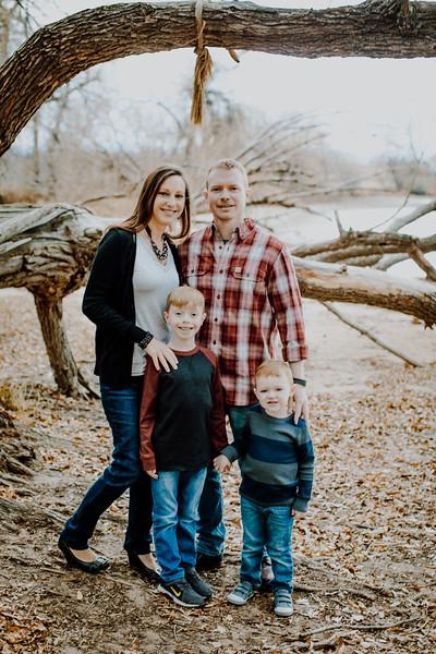 00009--©ADHphotography2018--Weatherl--Family--November10