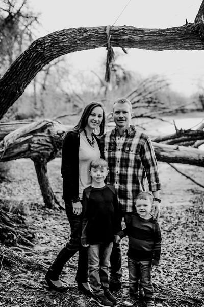 00006--©ADHphotography2018--Weatherl--Family--November10