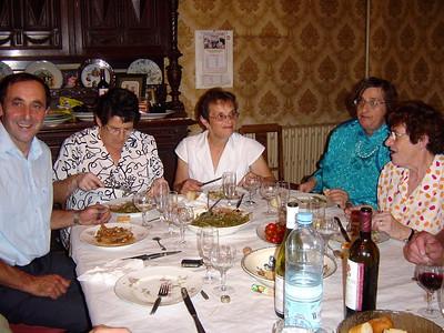 Famille: Louis, Anne-Marie, maman, Francoise & Bernadette