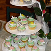 Mirranda's Wedding Cup Cakes - Very Cool!