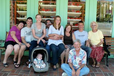 Smith Family shot -- in front of King's Hawaiian