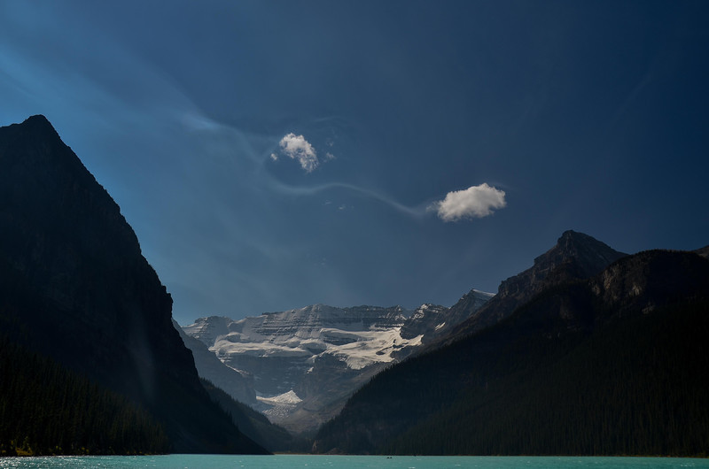 At Lake Louise we saw these really strange cloud formations, they looked like wigglers ;-)