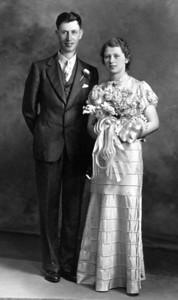 Leonard & Olive Wetzstein '37