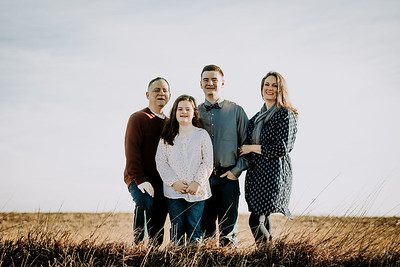 00013--©ADHPhotography2018--Weimer--Family