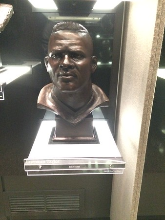Lawrence Taylor Bust