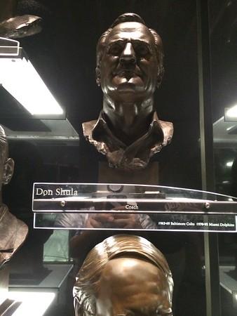 Don Shula Bust