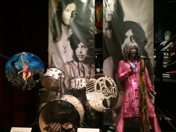 Aerosmith drumkit, Steve Tyler outfit and mic stand