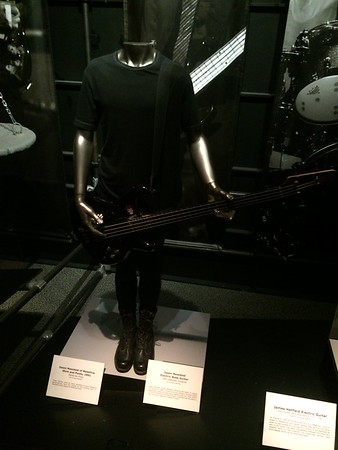 Jason Newstead outfit and bass
