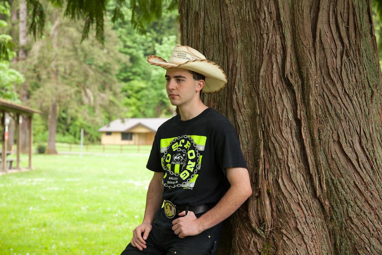 Wyatt Senior Pics 4x6-57