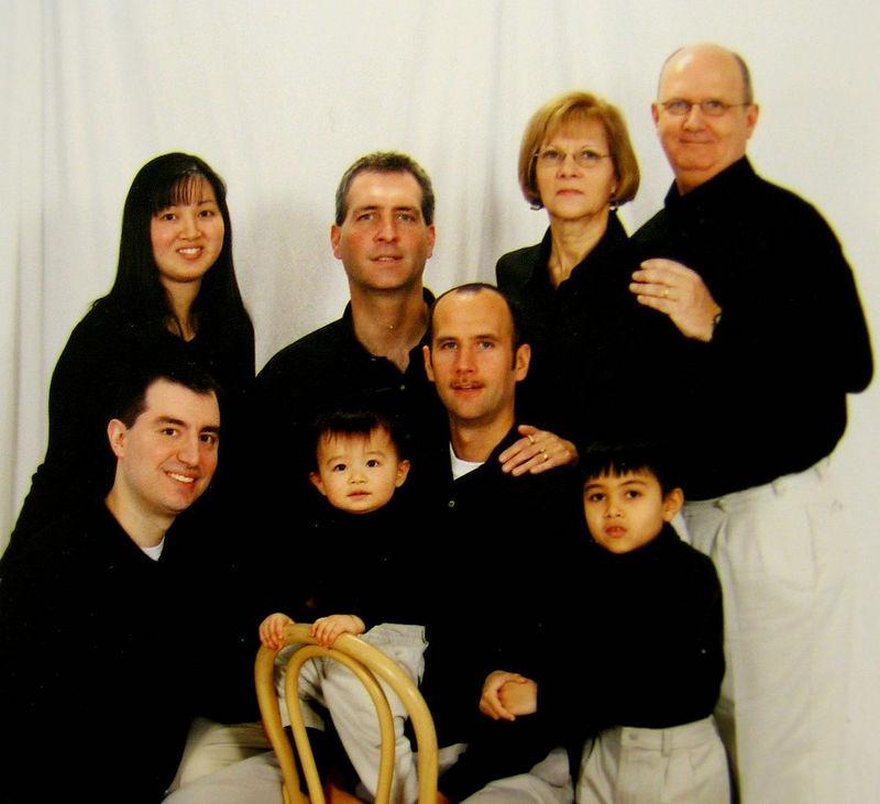 2005_December_LeBlanc_Family_Portrait