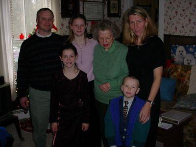 Rodney Elsie,Mom,Anna,                                                                       Emma,Alden