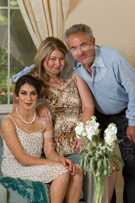 2014-05-17-yadegar-senior-prom-family-5117