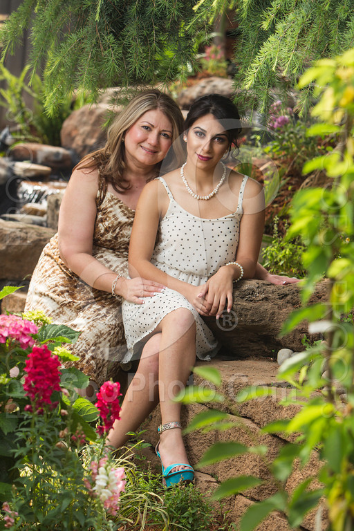 2014-05-17-yadegar-senior-prom-family-5137