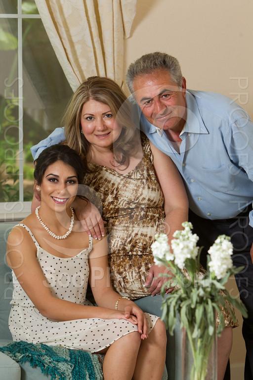 2014-05-17-yadegar-senior-prom-family-5112