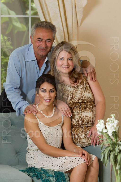 2014-05-17-yadegar-senior-prom-family-5102