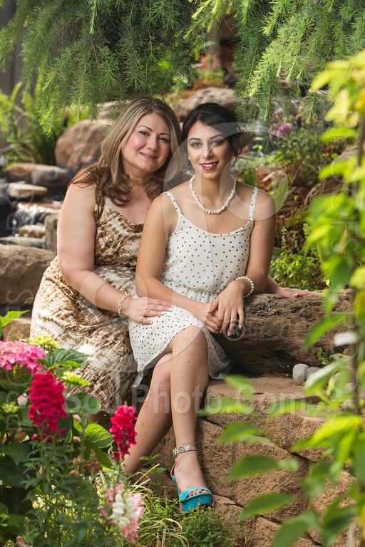 2014-05-17-yadegar-senior-prom-family-5139