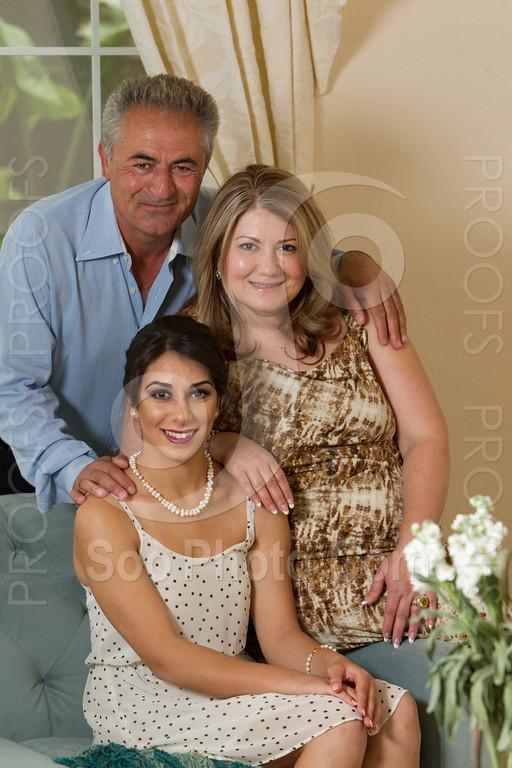 2014-05-17-yadegar-senior-prom-family-5103