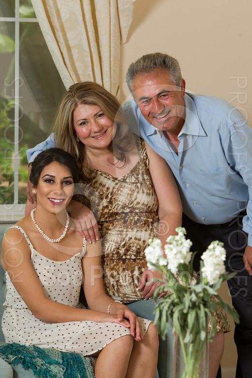 2014-05-17-yadegar-senior-prom-family-5115