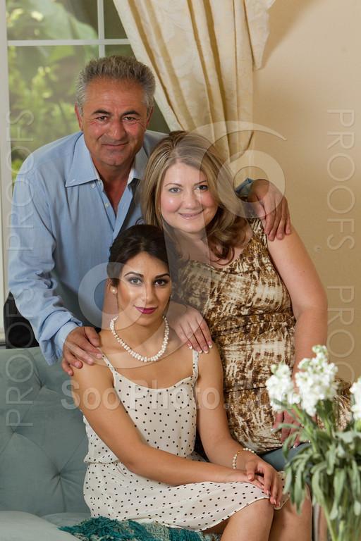 2014-05-17-yadegar-senior-prom-family-5107