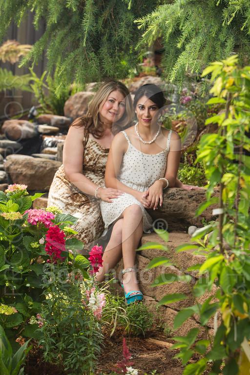 2014-05-17-yadegar-senior-prom-family-5142
