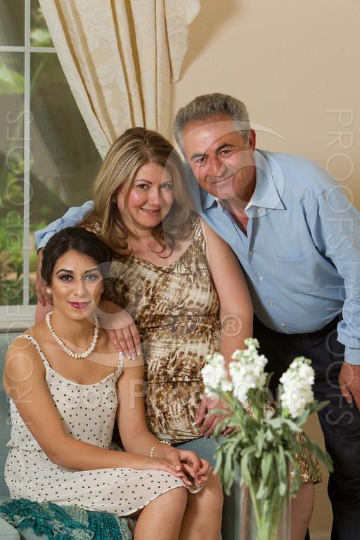 2014-05-17-yadegar-senior-prom-family-5118