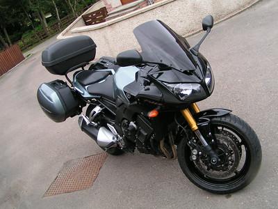 Yamaha FZ1 met Geen ABS June 2016
