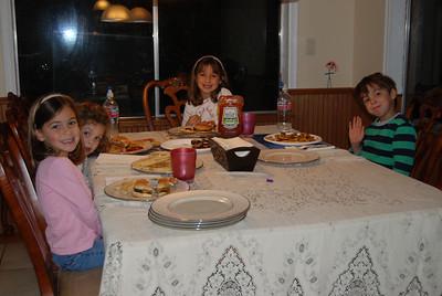 Yaminis over for dinner: 11/8/09