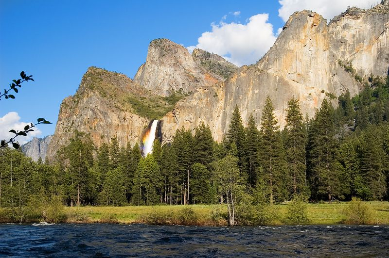 One last evening look at BridalVeil falls as we head out of the park after our first day.  If you click on this image to see the larger version of it, you can see a nice rainbow in the mist at the base of the falls from the afternoon sun.