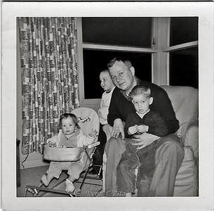 DAD,DANA,CRAIG & LYNN MARCH 1958
