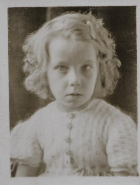 Joan Thurston, 6 years old