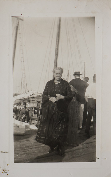 Stephanie B Bishop née Belanger